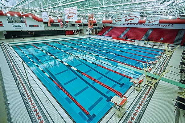 Diving into Benefits with LED Luminaires in Natatorium